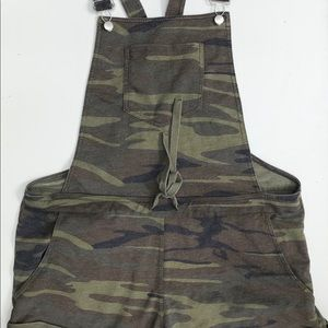 White Crow Camo Short overalls